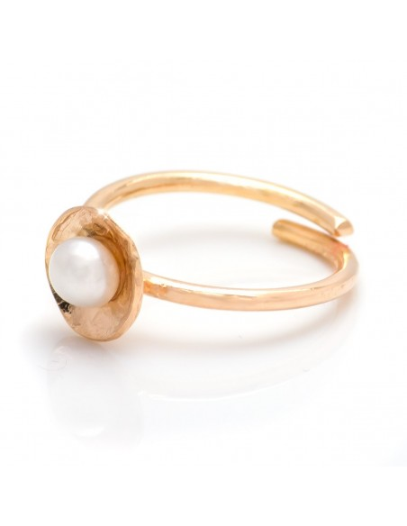 Handmade pearl ring from rose gold plated silver OLIA