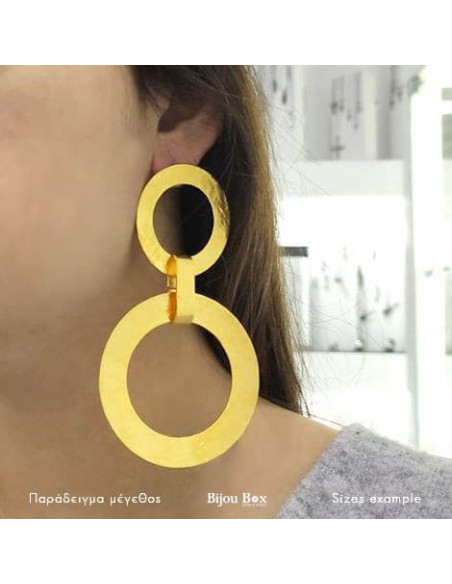 Statement earrings of gold plated bronze IASOS 2