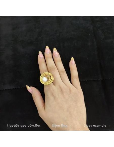 Δαχτυλίδι με μαργαριτάρι γλυκού νερού από επίχρυσο μπρούτζο PALE 2