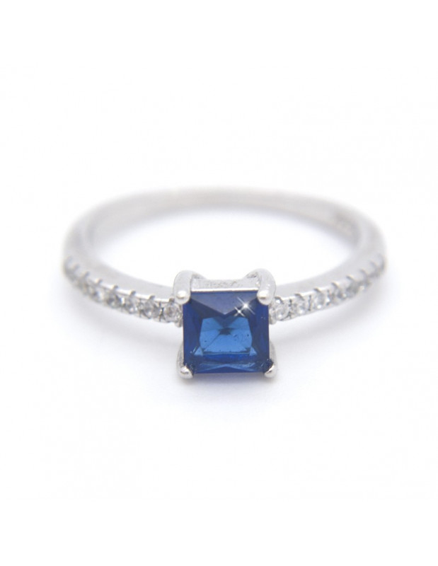 Ασημένιο δαχτυλίδι με μεγάλο μπλέ ζιργκόν BLUE