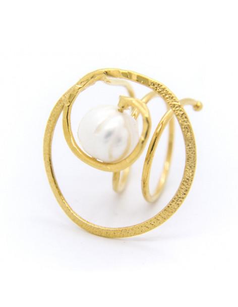 Ring aus handgefertigter vergoldeter Bronze mit echter Süßwasserperle SPRE