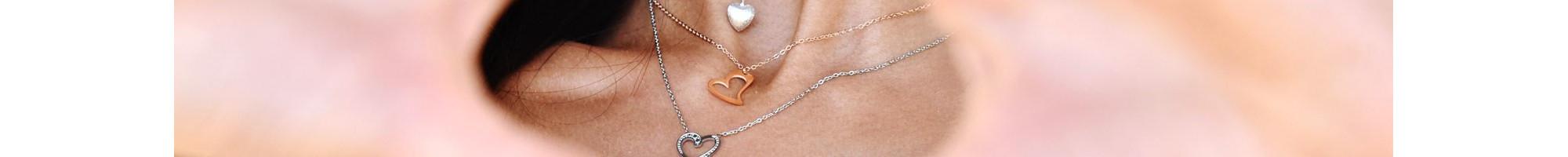 Κολιέ Καρδιά | Ρομαντικά Δώρα από 14,90€ | BIJOU BOX