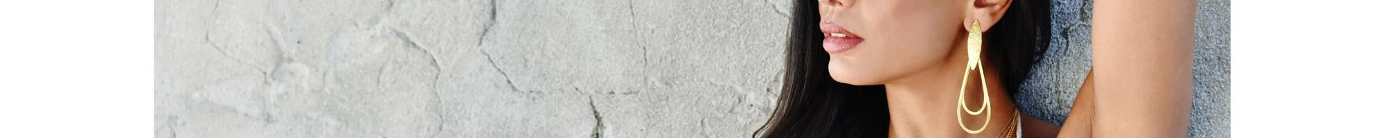 Σκουλαρίκια | Μοναδικά Σχέδια από 9,90€ | BIJOU BOX