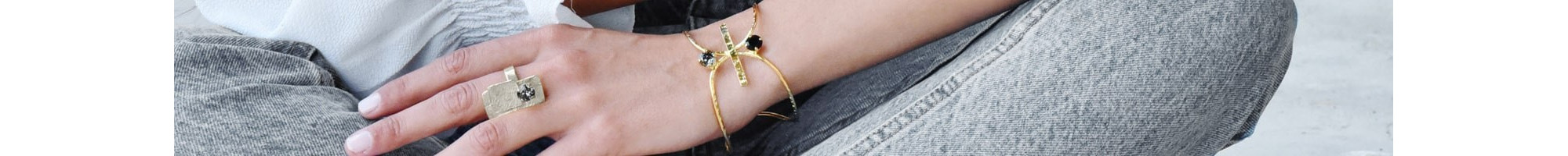 Greek Bracelets | Discover now online at BIJOU BOX